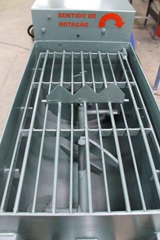 Batedor de argamassa industrial